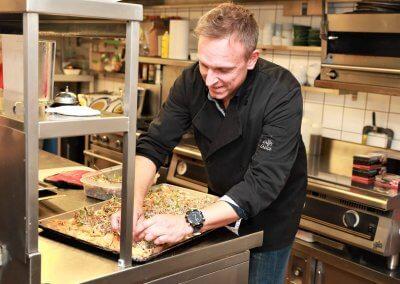 Ghislain Girouard aux cuisines